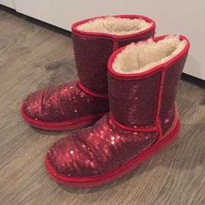 Ugg Red Sparkle short Boots size 3